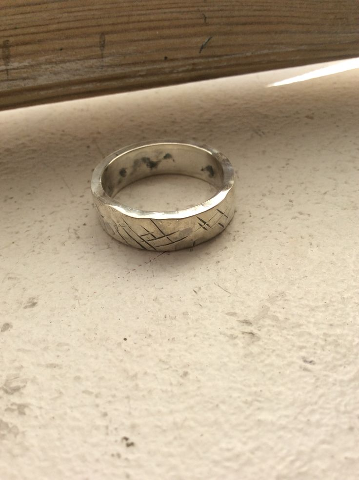 Rough ring in 925 Sterling Silver Piercingheartbeat@gmail.com