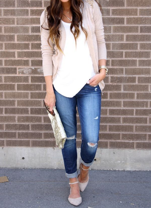 So cute..I would wear something like this every day if I could..cuffed jeans, cardi, flats.