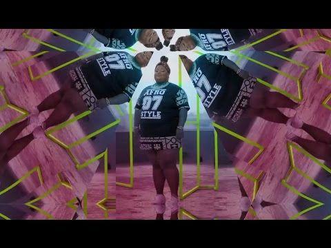 Video promo para a colaboração 100% Feminista de MC Carol e Karol Conka, com produção de Leo Justi & Tropkillaz. Spotify: https://play.spotify.com/album/0Q3z...