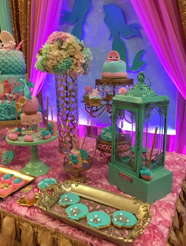 Mythical-Mermaid-Baby-Shower-Flowers