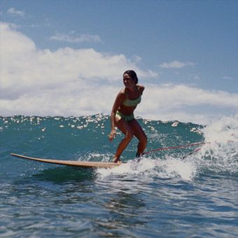 Private Surfing Lesson in Los Angeles. Experience the exhilaration of riding the perfect wave! #LAExperiences #surfing