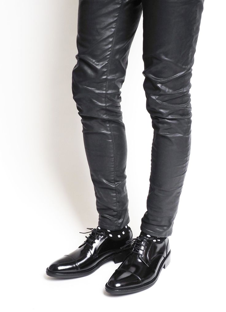 #sonshinbal#handmadeshoe #thebestquality#loafer#oxford #wingtip#sneakers#boots #suede#slipon#genuineleather #patentleather#madeinkorea #instashoes#classic#camo#손신발#손신발가게#수제화#첼시부츠#워커#남자부츠#남자워커#핸드메이드#남성수제화#남자구두#홍대수제화#남자수제화#수제화쇼핑몰#수제화#클래식슈즈#슈즈#코리안슈즈#handmadeshoes#shoes#menshoes#Koreanshoes#신스타그램#패션#fashion#인스타슈즈#2244-01