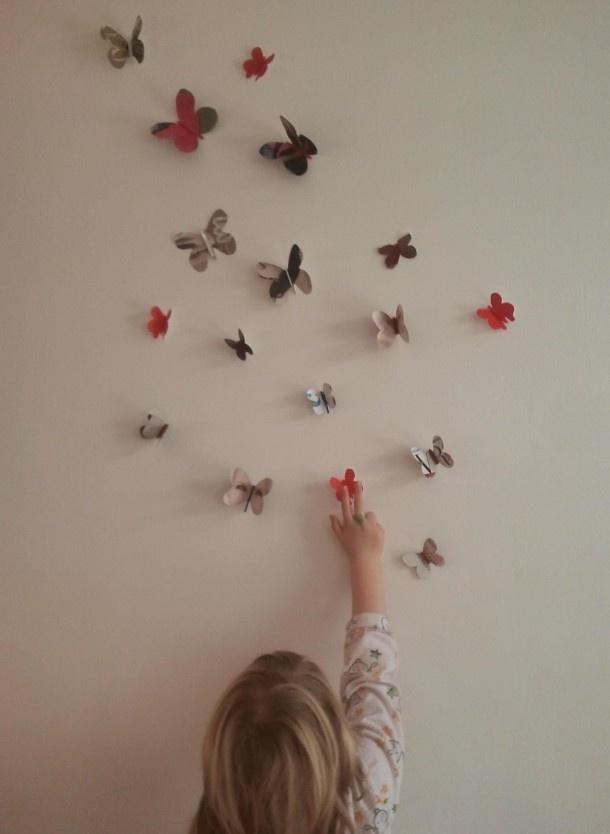 Kinderkamer | Mooie vlinders knutselen voor aan de muur. Door michelles
