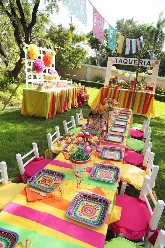 This Cinco de Mayo Birthday Party is amazing! Love the bright and vibrant colors!! See more party ideas and share yours at CatchMyParty.com