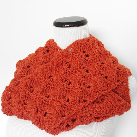 Fan Stitch Infinity Scarf ? Three color options from Purple Kiss ...