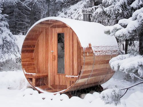 I love, love, love saunas. The design of this one is pretty perfect. For my pretend weekend home, perhaps?