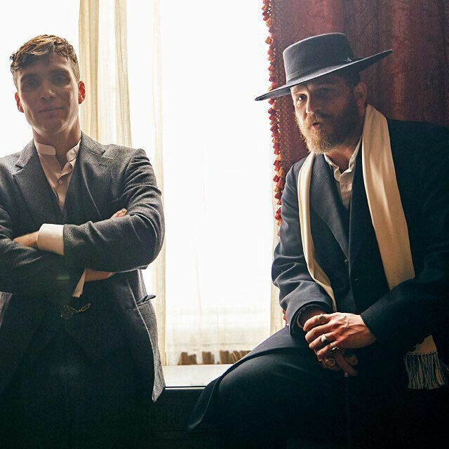 Cillian Murphy & Tom Hardy between takes on the set of Peaky Blinders