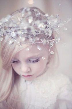 Cute winter wedding flower girl style @Dawn Cameron-Hollyer Cameron-Hollyer McCulloch