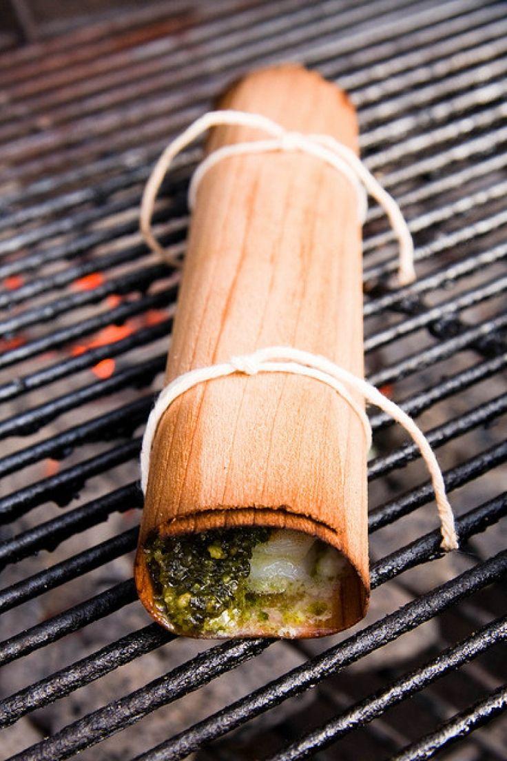 Involtini di gamberi, pesto e Feta alla griglia, ricetta barbecue, gamberi.