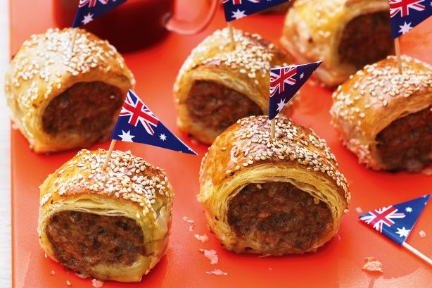 Celebrate Australia Day outdoors with these easy sausage roll bites to go!