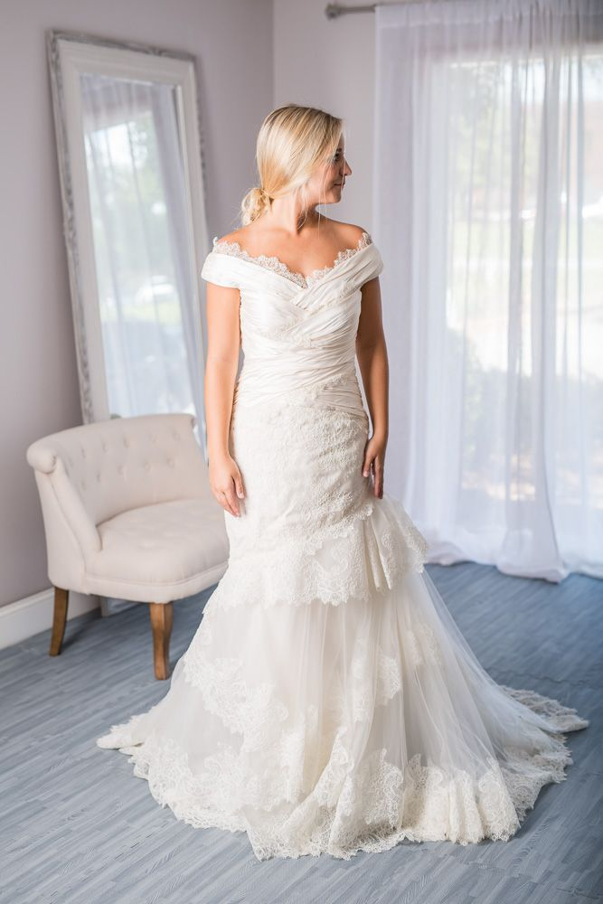 Carolina Herrera Andrea Wedding Dress Size 4 For Rent Or Sale Online At