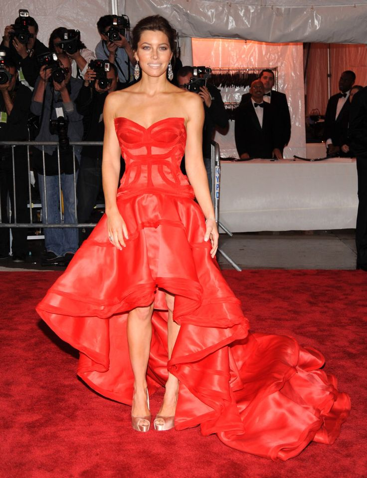 A red dress sparknotes 100