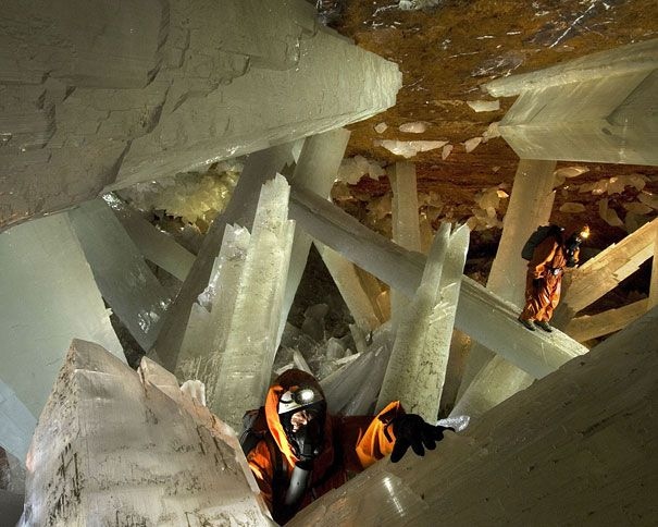 Giant Crystal Cave in the Mexican Desert.  Kristi... lets go.