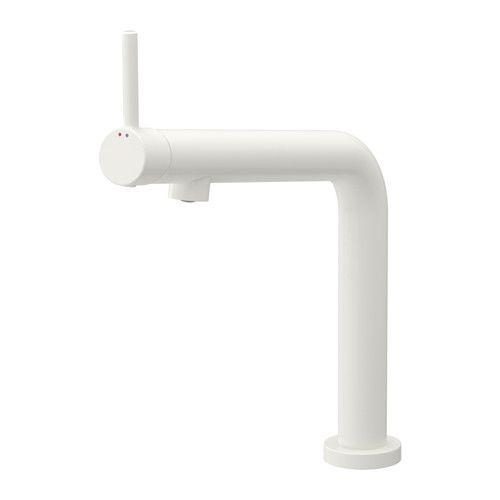 IKEA - BOSJÖN, Blandebatteri, , 10 års garanti. Les om vilkårene i garantiheftet.Du sparer vann og energi fordi blandebatteriet har en innretning som reduserer vanngjennomstrømning uten å redusere vanntrykket.Blandebatteriets innsats har harde, slitesterke keramiske skiver. De kan motstå den sterke friksjonen som oppstår når du regulerer vanntemperaturen.Hendelen på toppen av blandebatteriet gjør det enkelt for deg å komme til når du skal skru vannet på eller av.