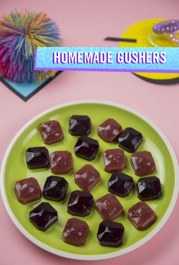 Introduce the classic '90s candy to your kids while sneaking in some fruit with this healthy recipe for Homemade Gushers.