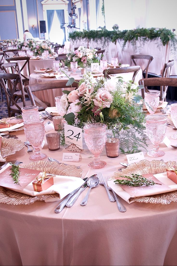The headtable of this romantic elegant wedding is stunning from a beautifully styled guest table