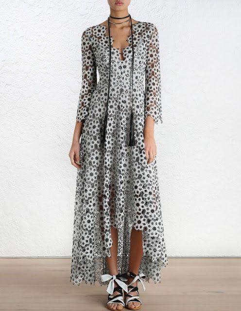 Natasha Sahashi's Style Blog What Makes You Happy ?!  : エンパイア. ギピュール.黒色 レースドレス(日本語)