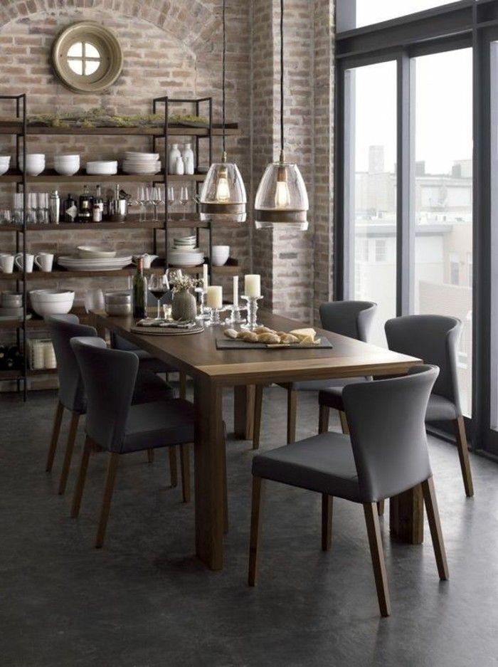 meuble de salle a manger, étagère industrielle, table en bois et chaises grises