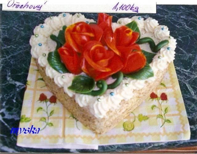 s melírovanými růžemi