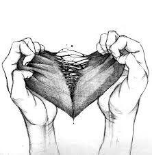 Resultado de imagen para imágenes de corazones rotos y tristes