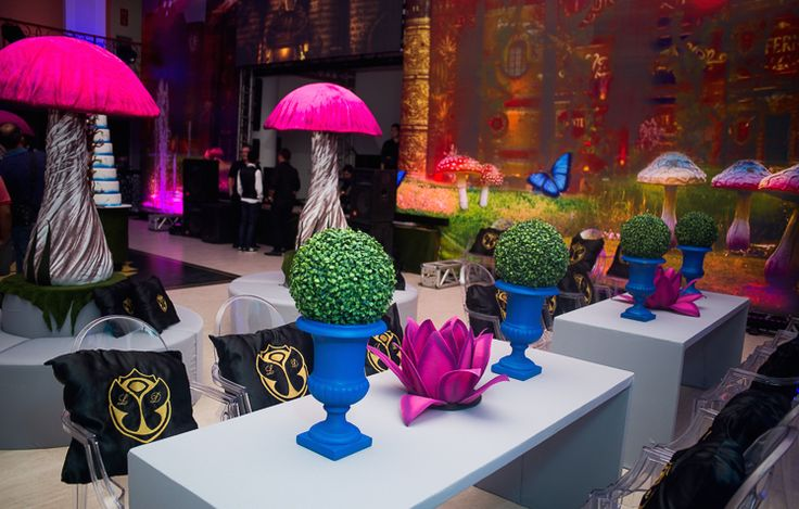 Festa tema Tomorrowland Larissa: cogumelos - Fotos: Vips Fotos / João Henrique e Paula Nunes