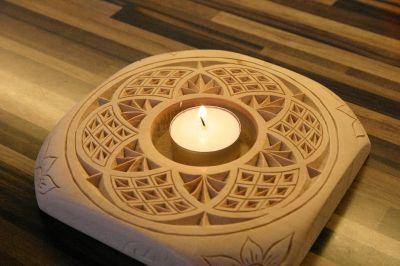 PORTA-VELAS tallado en madera