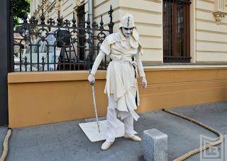 graceland: Parada Statuilor Vivante, la a VI a editie   Desi ...