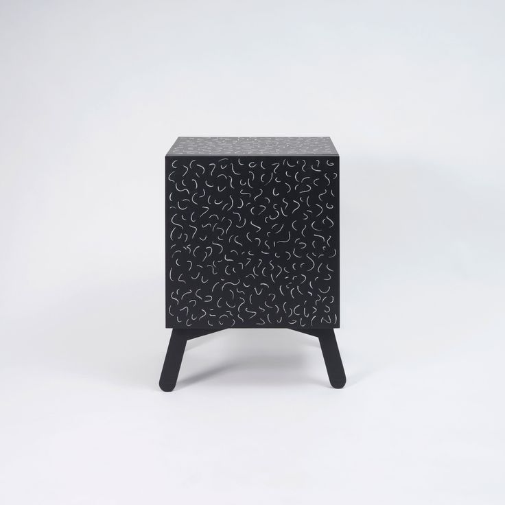Hand painted cabinet - Black and chalk