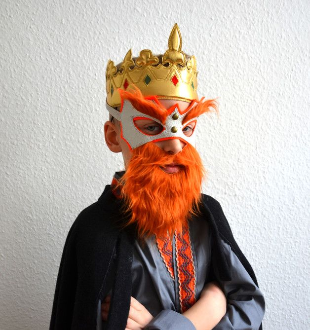 Lustige Halloween Verkleidung mit rotem Wikinger Bart, Faschings Kostüm Pirat oder König / funny halloween costume: wiking, king or pirate with red beard made by Mali Berlin via DaWanda.com