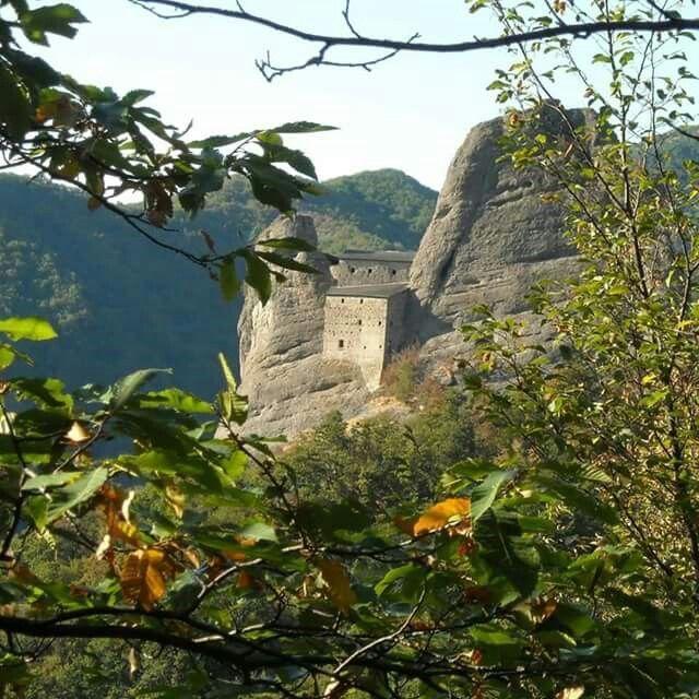 Castello della pietra Vobbia (Genova) italy
