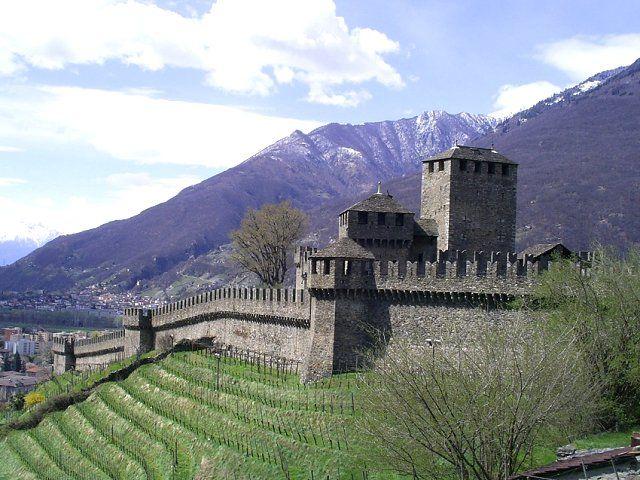 Castello di Montebello / Castle of Montebello