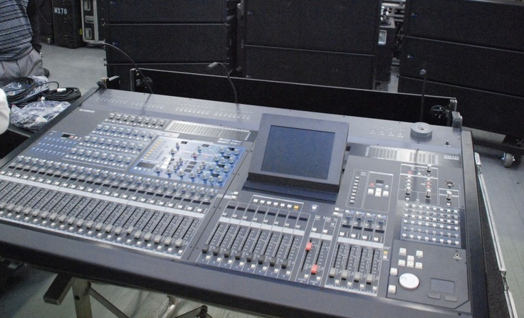 Meyer sound system mixing board concert production for Yamaha mixing boards