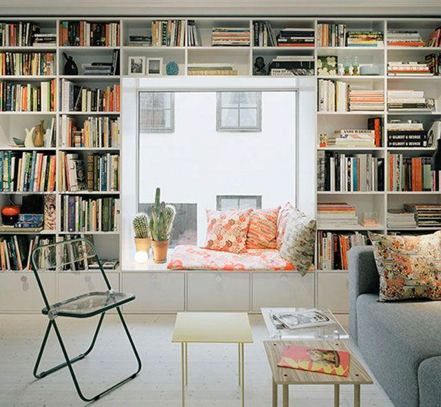 Aménager un coin lecture autour d'une fenêtre