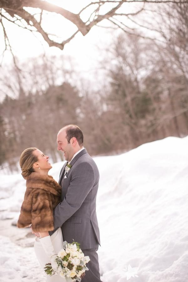 First Look This Winter Wedding Shows The Bride Wearing Fur Shawl At Willowdale Estate