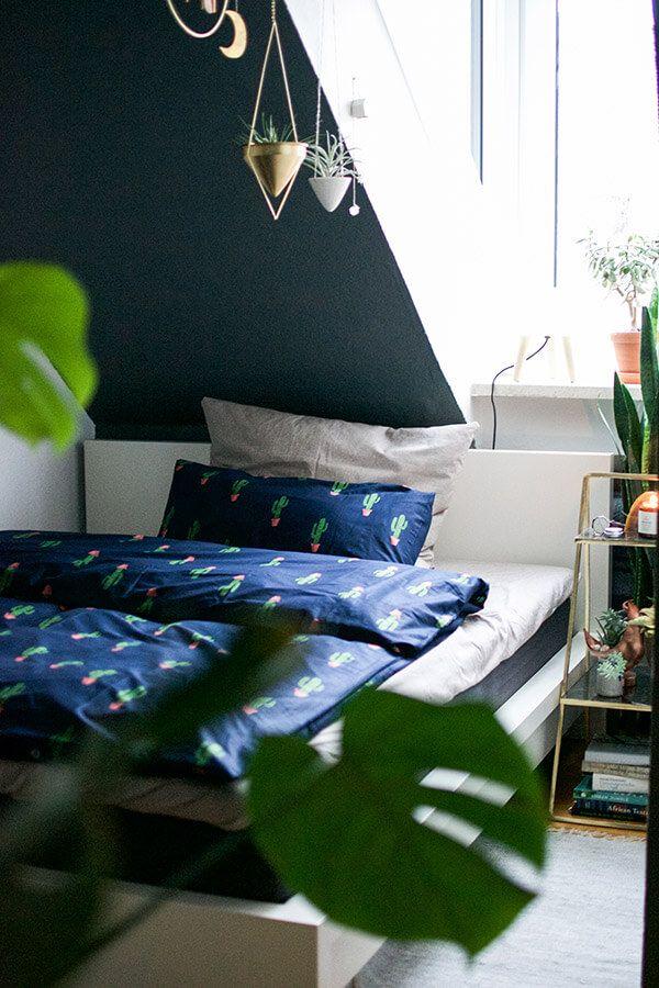 Die Bettwaesche mit Kaktus Print passt super zum Thema Urban Jungle