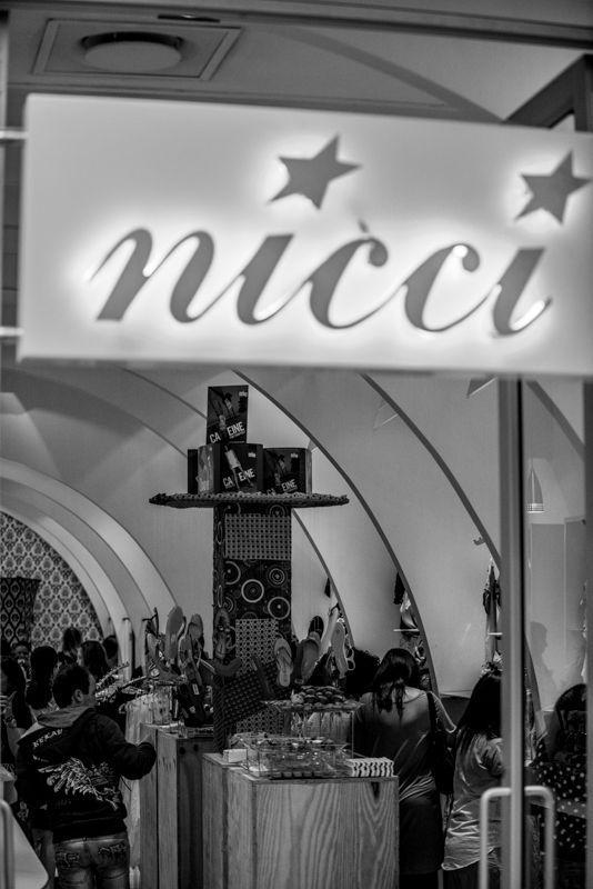 #Nicci