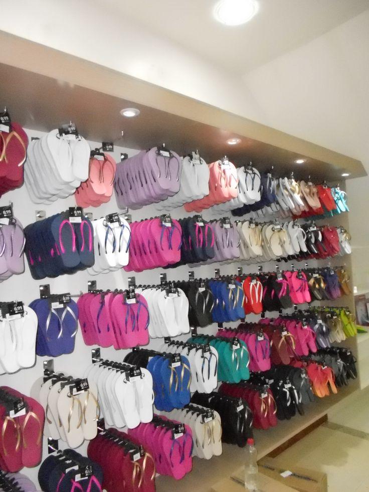 Projeto de Marcenaria loja de sapatos, bolsas e acessórios