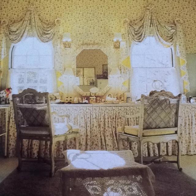 Mrs John Hay Betsey Whitneys Bathroom At Greentree The Long Island Estate