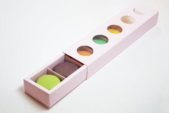 Pink 5 Window Macaron Box (10pc) **Macarons NOT included**