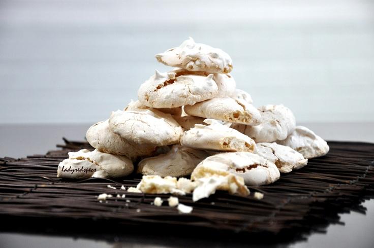 macadamia nut meringues