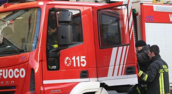 Le giovani, entrambe di 25 anni, erano a bordo di una Golf Variant finita fuori strada in una curva alle porte di Borgofranco sul Po. Sono entrambe ricoverate all'ospedale Poma