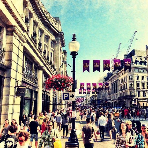 #RegentStreet #SummerStreets #London by @mertontheroad