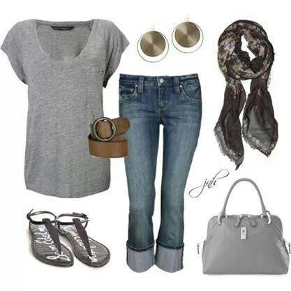 Shows the right accessories can take an ordinary T and caprice's into a stylish night out.