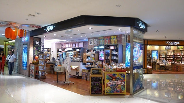 Bangsar Shopping Center  Store Location: G106, Ground Floor  Contact #: 03-2092-2363  Working hours: 10 a.m. – 10 p.m.  http://kiehlstimes.com.my/   https://www.facebook.com/myKIEHLS