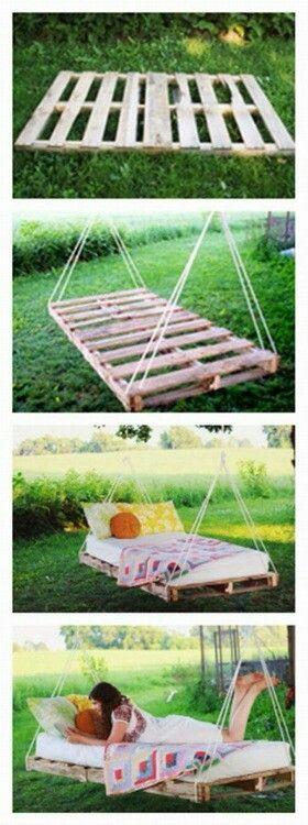 Balançoire-lit pour le jardin