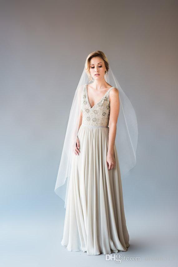 Top Quality Best Sale Romantic Wedding Veil Scallop Fingertipe Bridal Veils With Comb Cut Edge Long