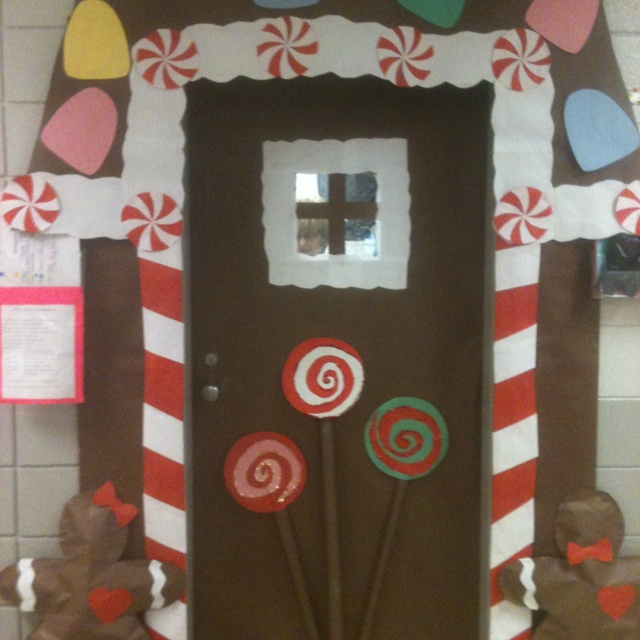 School Office Decor Christmas Gingerbread House Door: 192 Best Images About Classroom Door Decoration Ideas On