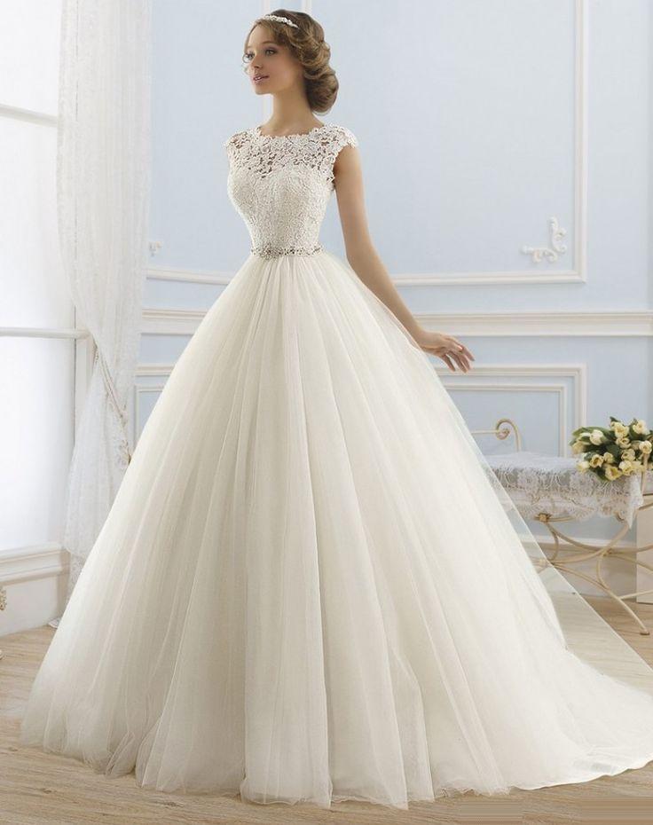 1_S_0005 :http://weddingdressworldwide.com/product/1_s_0005/