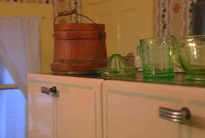 Inside Laura Ingalls House | Laura Ingalls Wilder Home Gallery | Inside the…