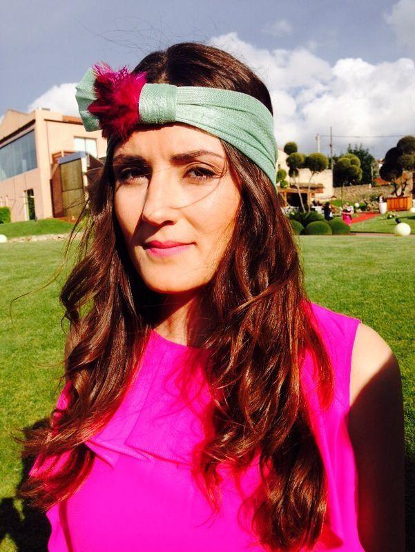 Cuka con tocado Miss Sol en Barcelona. Mayo de 2014. #tocados #headpiece #pequeñamiss #handmade #boda #invitadas #wedding #turbante Www.pequeñamiss.com